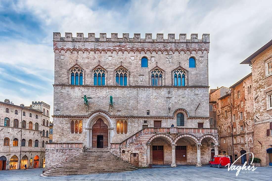 Perugia: Palazzo dei Priori - © Vaghis - Viaggi & turismo Italia - Tutti i diritti riservati