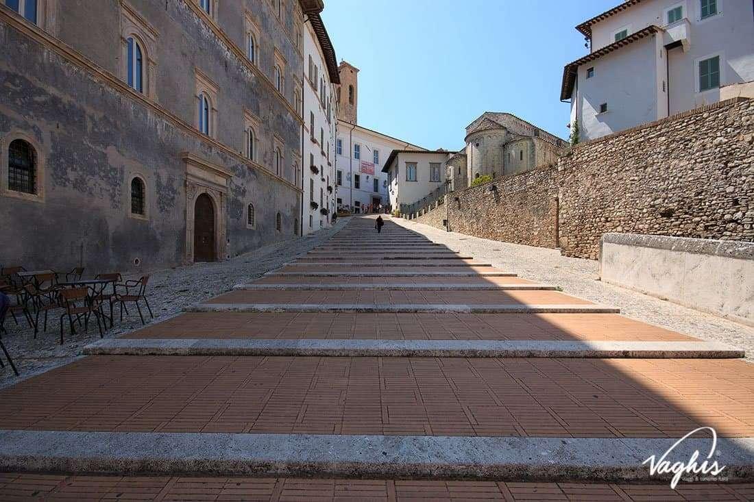 Spoleto - © Vaghis - Viaggi & turismo Italia - Tutti i diritti riservati