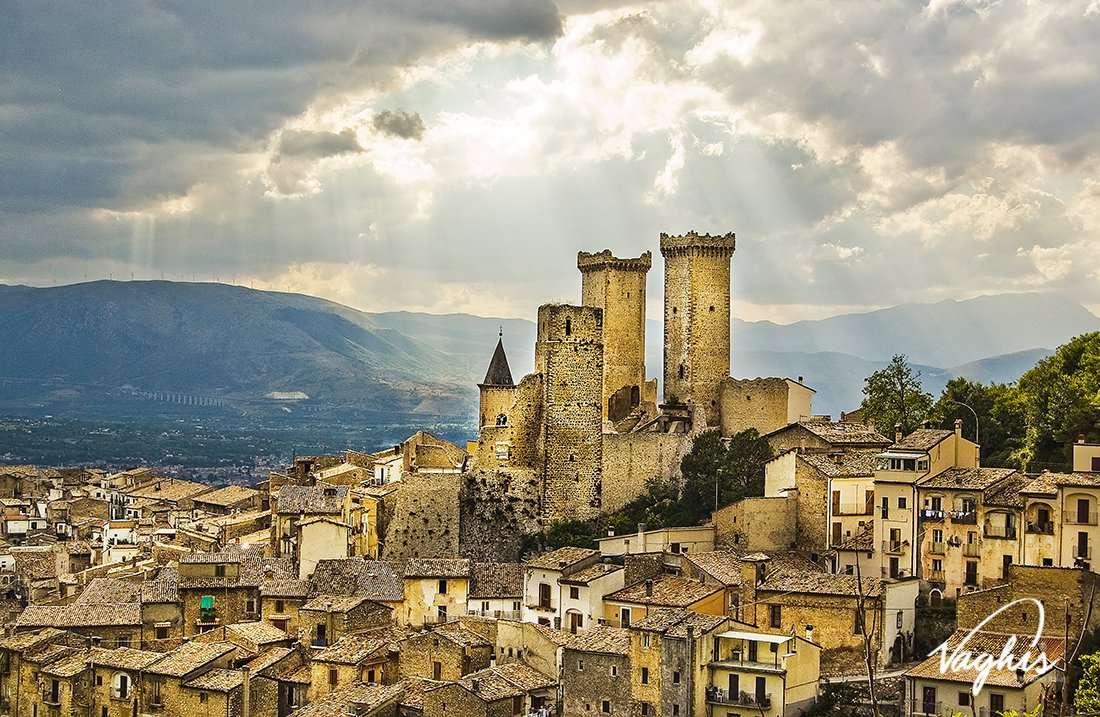 Pacentro - © Vaghis - Viaggi & turismo Italia - Tutti i diritti riservati