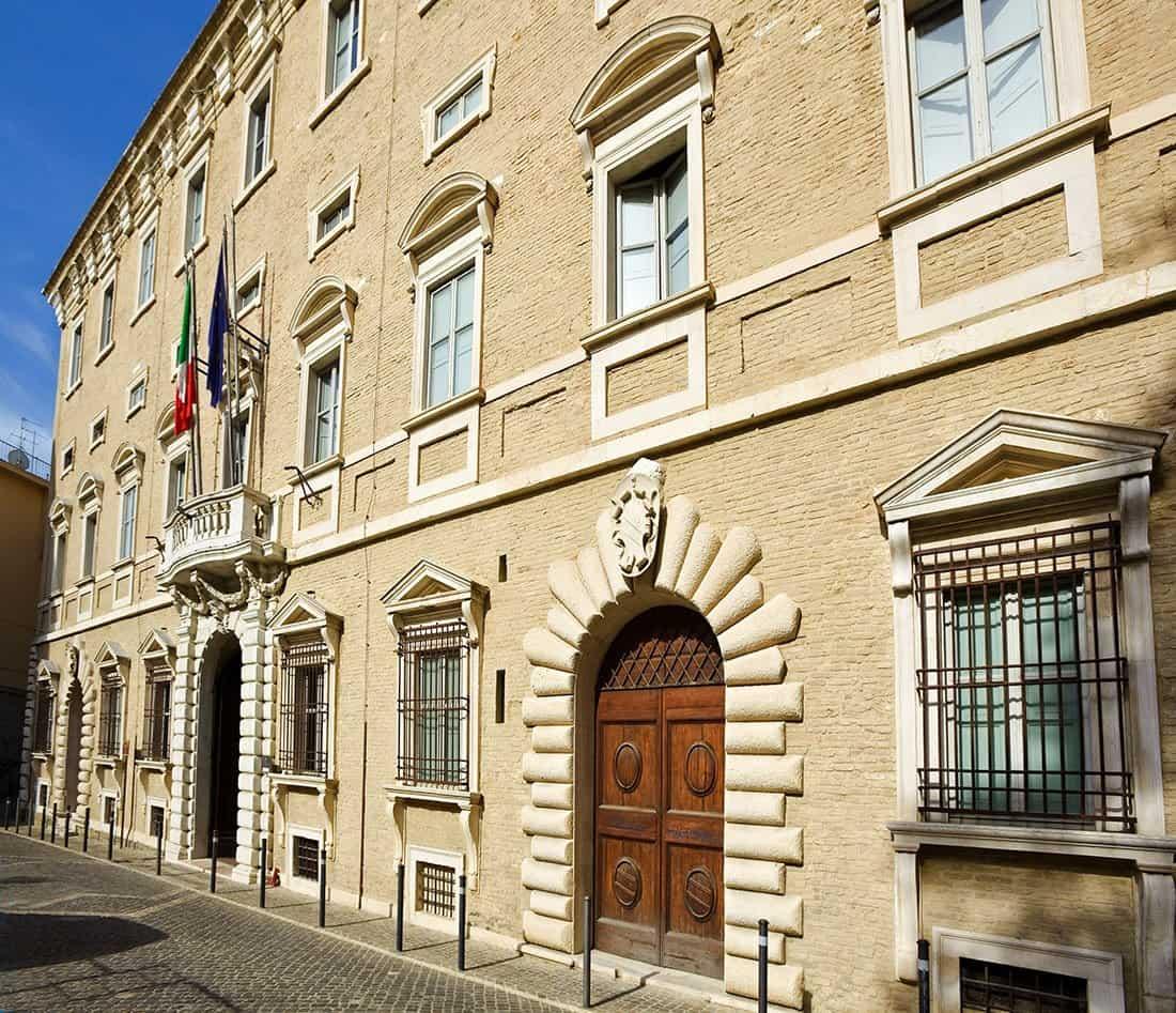 Ancona: Palazzo Ferretti