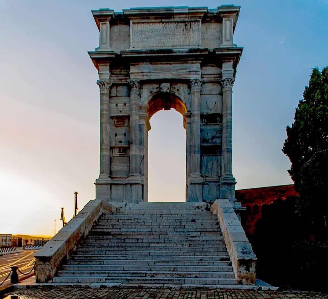 Ancona: Arco romano