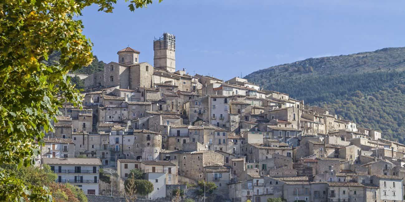 Castel del Monte - © Vaghis - Viaggi & turismo Italia - Tutti i diritti riservati