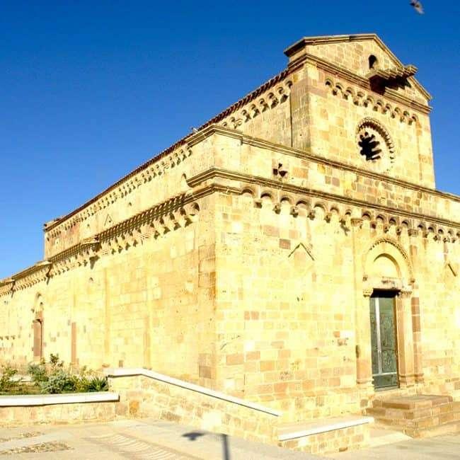 Santa Maria di Monserrato03