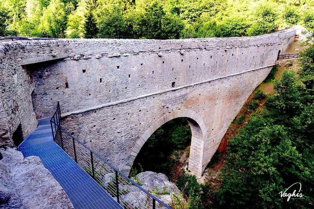 Aymavilles: Acquedotto di Pont D'Aël