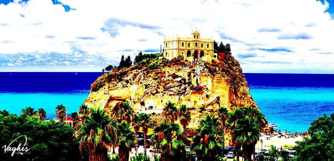 Tropea: Santuario di Santa Maria dell'Isola