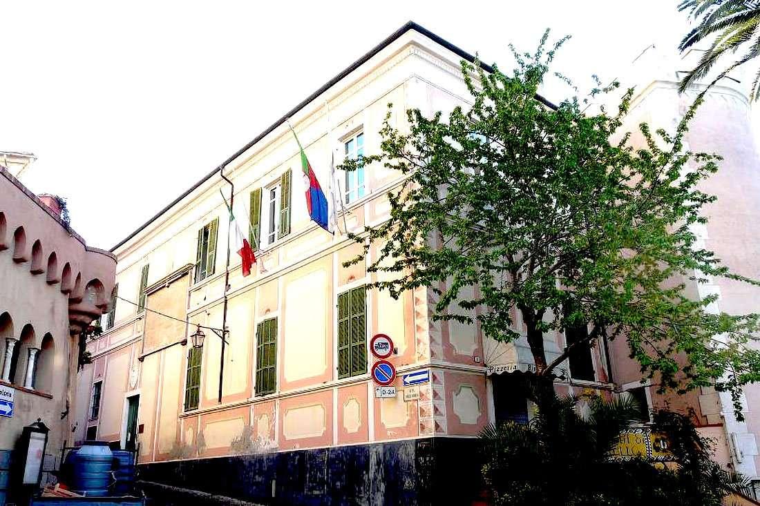 Diano Castello - palazzo Quaglia