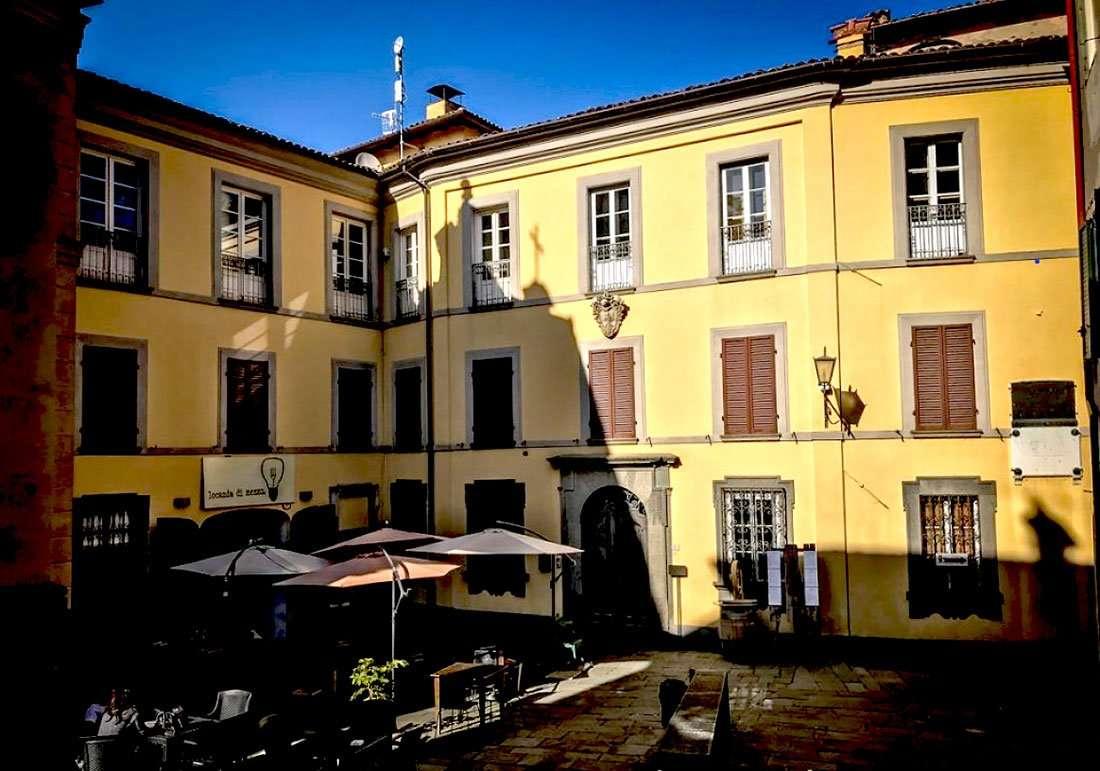 Barga - Palazzo Mordini