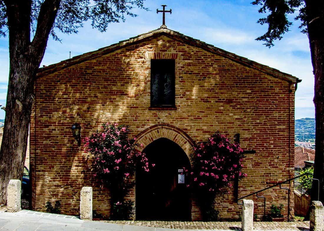 Montegridolfo: chiesa di San Rocco